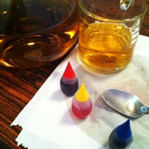Whiskey on stage: food coloring